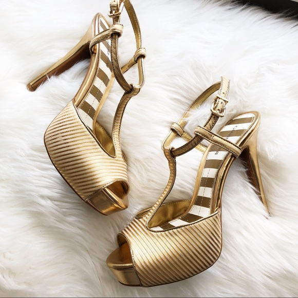 Gianni Bini Shoes - Gianni Bini • Gold T-Strap Platform Heels